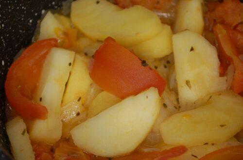 Tomaten-Apfel-Gemüse