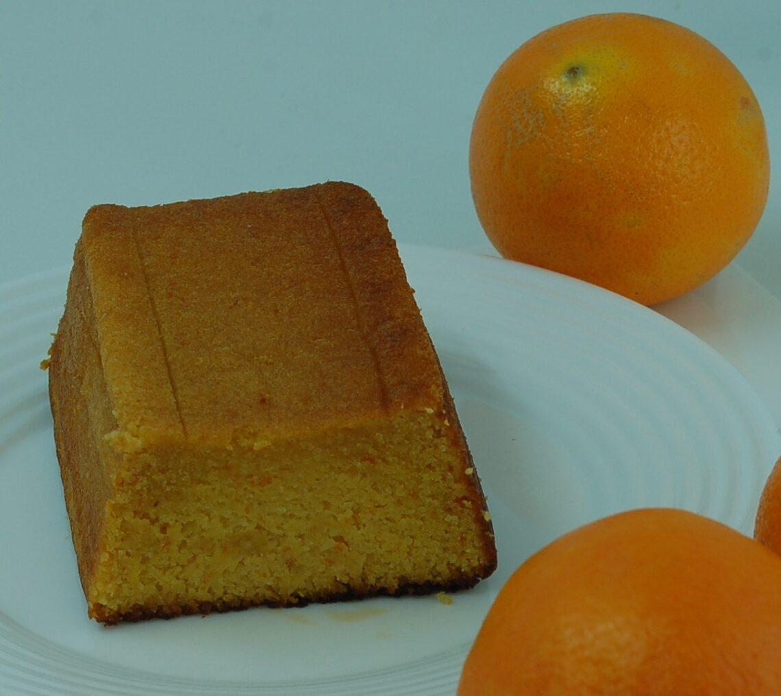 Orangenkuchen mit Mandeln
