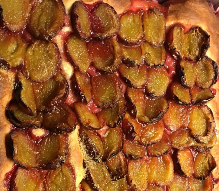 Zwetschgenkuchen - Hefekuchen vom Blech